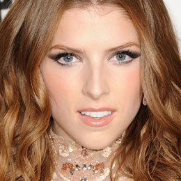Anna Kendrick to play female Santa Claus